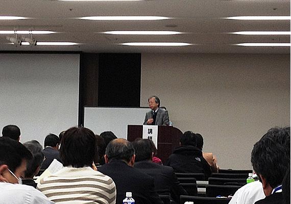 多くの人達が講座に参加しました。
